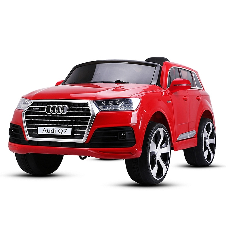 audi q7 rc electric child 2x35w with its remote control. Black Bedroom Furniture Sets. Home Design Ideas